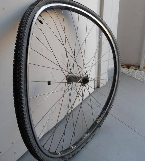Как убрать яйцо на колесе велосипеда