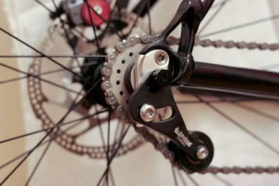 Как одеть цепь на скоростной велосипед