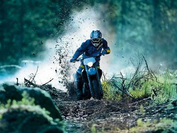 Чем отличается кроссовый мотоцикл от эндуро