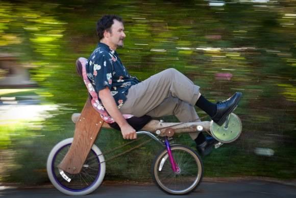 инженер Том Кабат (Tom Kabat) и его деревянный велосипед