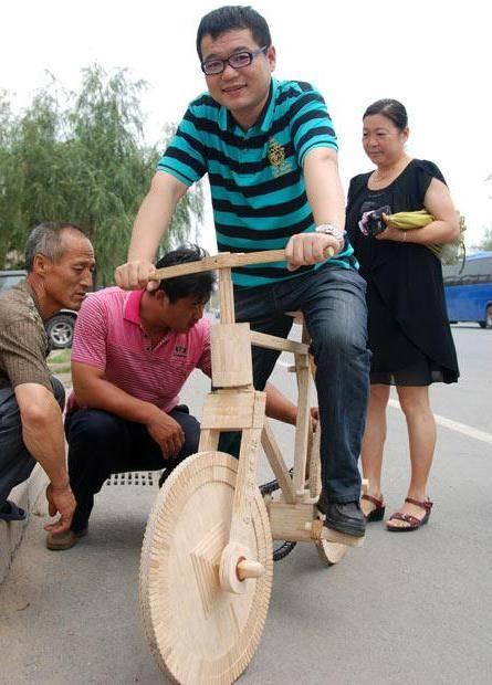велосипед из китайских палочек для еды