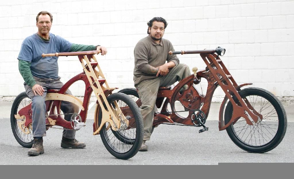 Bill Holloway (Билл Холоуэй) и Mauro Hernandez (Мауро Эрнандез) из Сан Хосе
