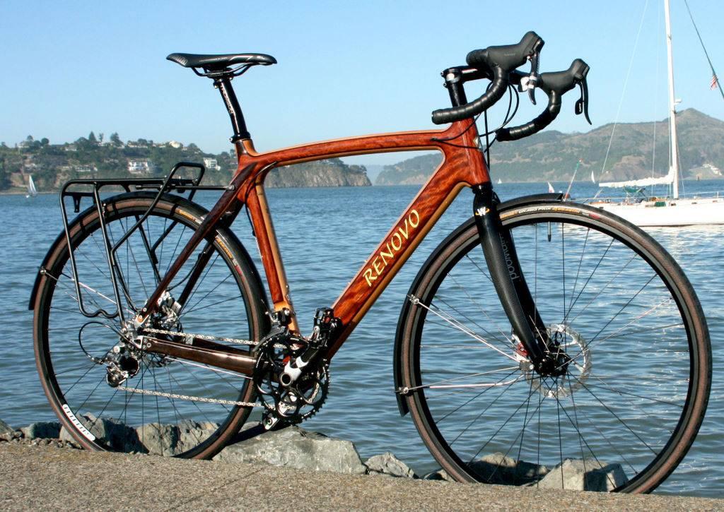 Деревянный велосипед с рамой Renovo