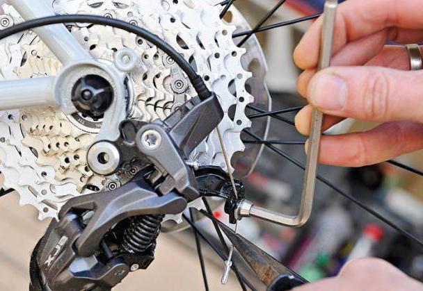 Почему проскакивает цепь на скоростном велосипеде