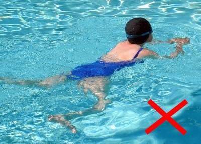 Плавание какие мышцы работают