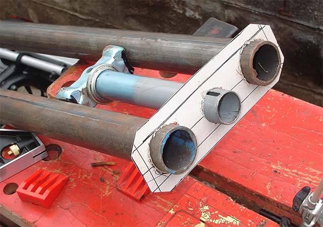Макет для труб вилки
