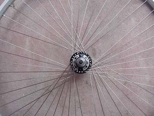 замена спиц на велосипеде