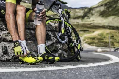 Кроссовки велосипедные