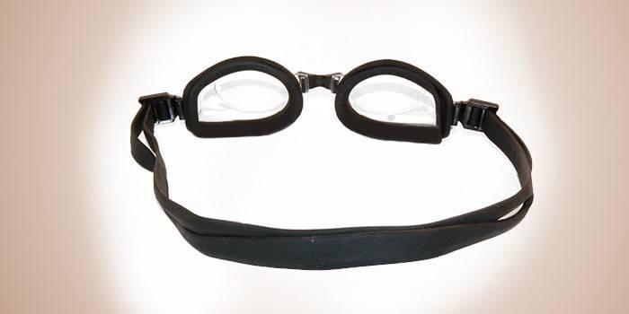 Как правильно одевать очки для плавания