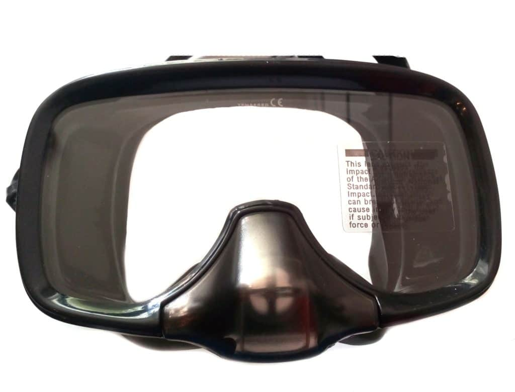 Как выбрать маску для подводного плавания