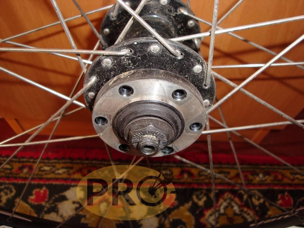 Снимаем колесо, эксцентрик и ротор