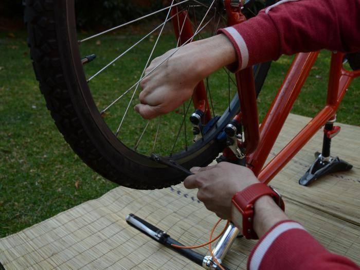 как исправить восьмерку на колесе