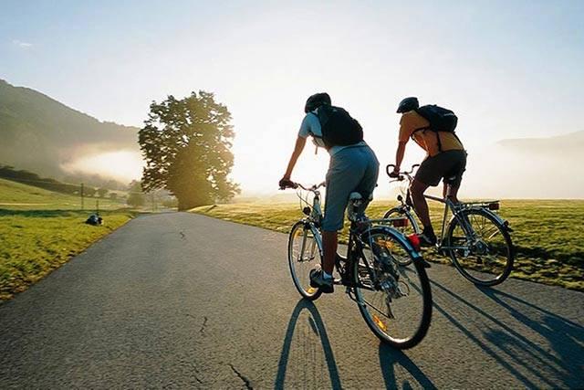 Как заклеить колесо на велосипеде