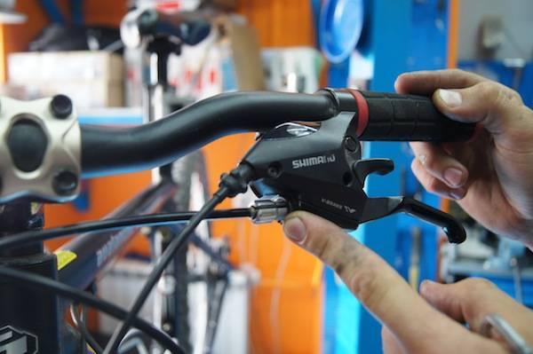 Регулировка механических дисковых тормозов на велосипеде