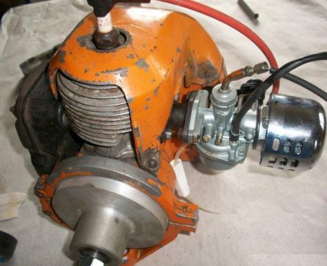 Снимаем мотор с бензопилы