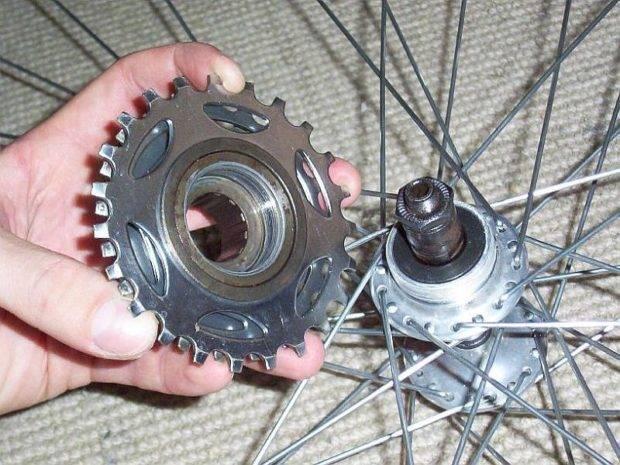Как разобрать трещотку на велосипеде