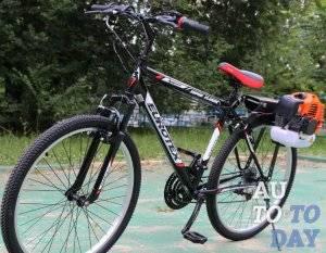 Велосипед с бензомотором