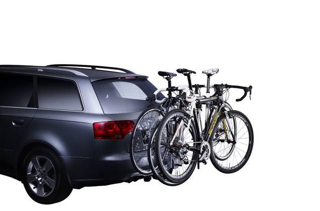 Как перевозить велосипед в машине