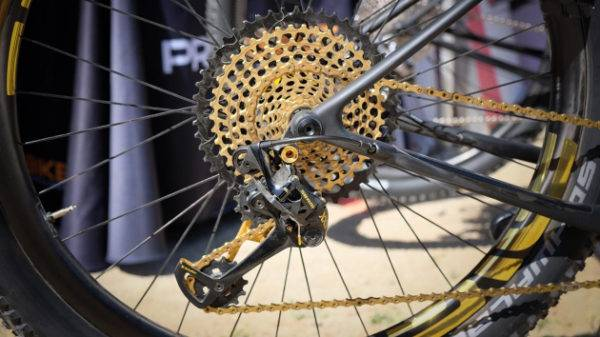 SRAM Eagle XX1 and XO1