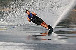 Как правильно кататься на водных лыжах