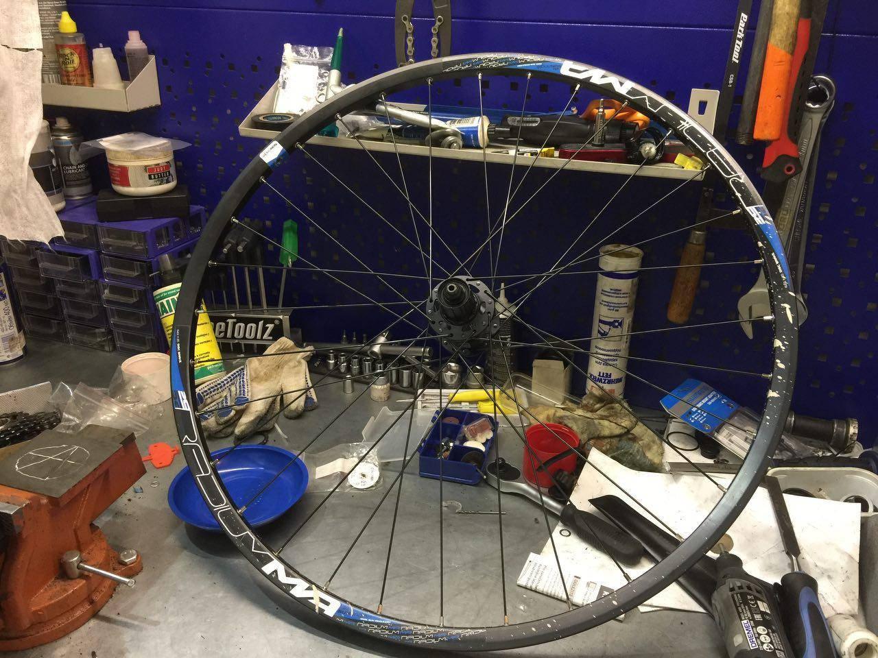 Ремонт велосипедных колес (1)