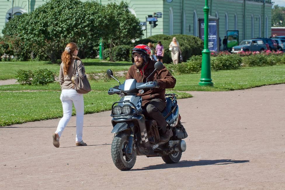 Могут ли велосипедисты ездить по тротуарам