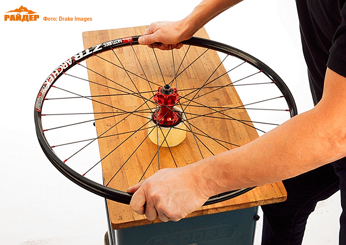 Как спицевать колесо 32 спицы