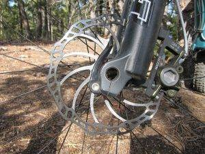 Регулировка гидравлических дисковых тормозов на велосипеде