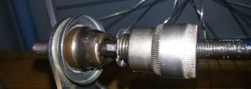 Как разобрать втулку педалей на велосипеде