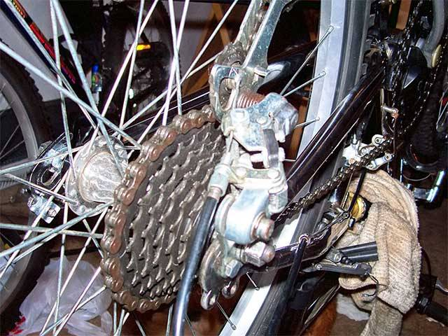 Задняя втулка скоростного велосипеда