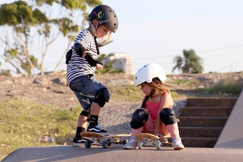 Длинный скейтборд