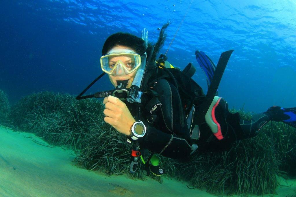 Чтобы не потела маска под водой