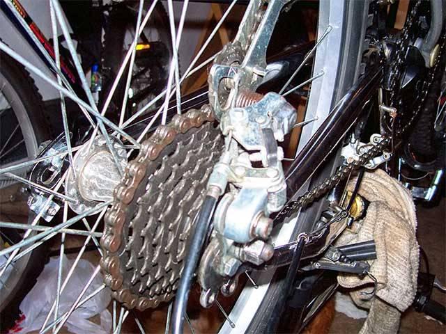 Задняя каретка велосипеда