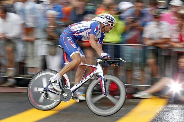 Скорость велосипеда: Велогонщик российской команды «Катюша»