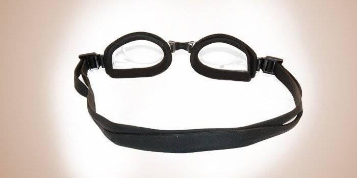 Как подобрать очки для плавания