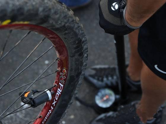 Как менять камеру на велосипеде