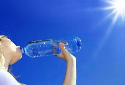 Сколько человек может выпить воды за раз