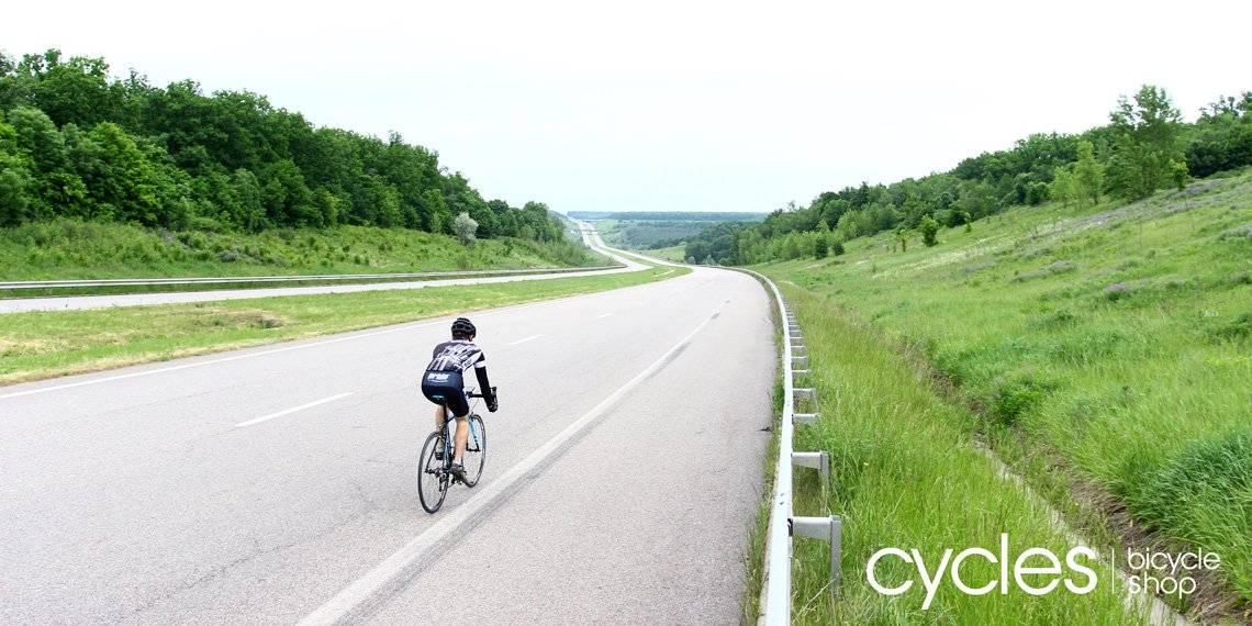 Средняя скорость человека на велосипеде