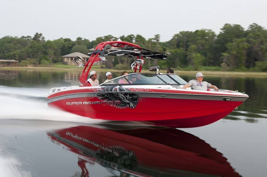 Super Air Nautique 230 Front Running