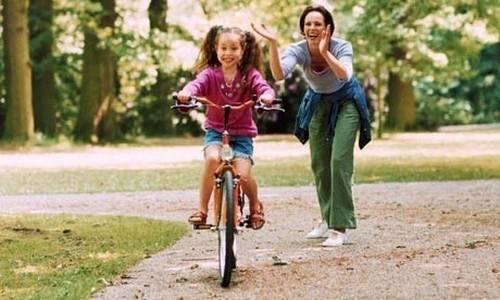 Как научиться кататься на велосипеде ребенку