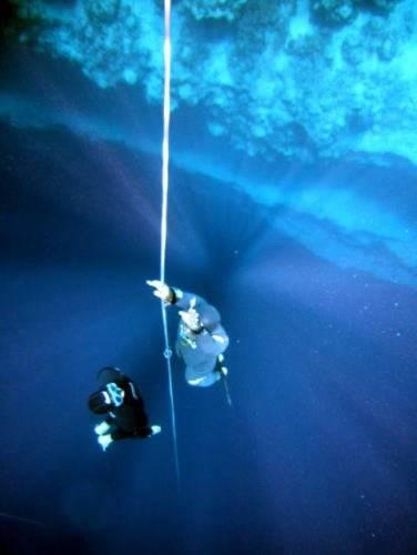 Рекорд ныряния без акваланга