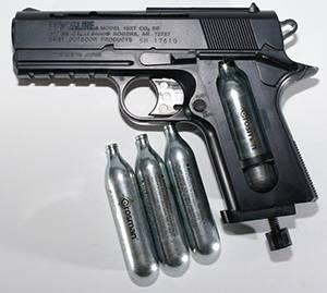 Страйкбольный револьвер