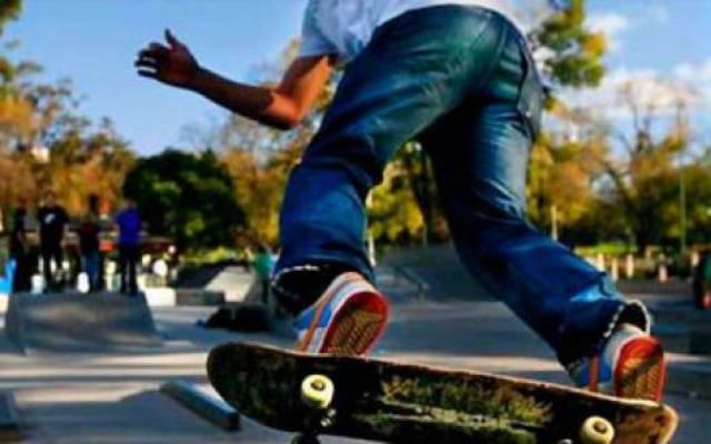 Как ездить на скейтборде