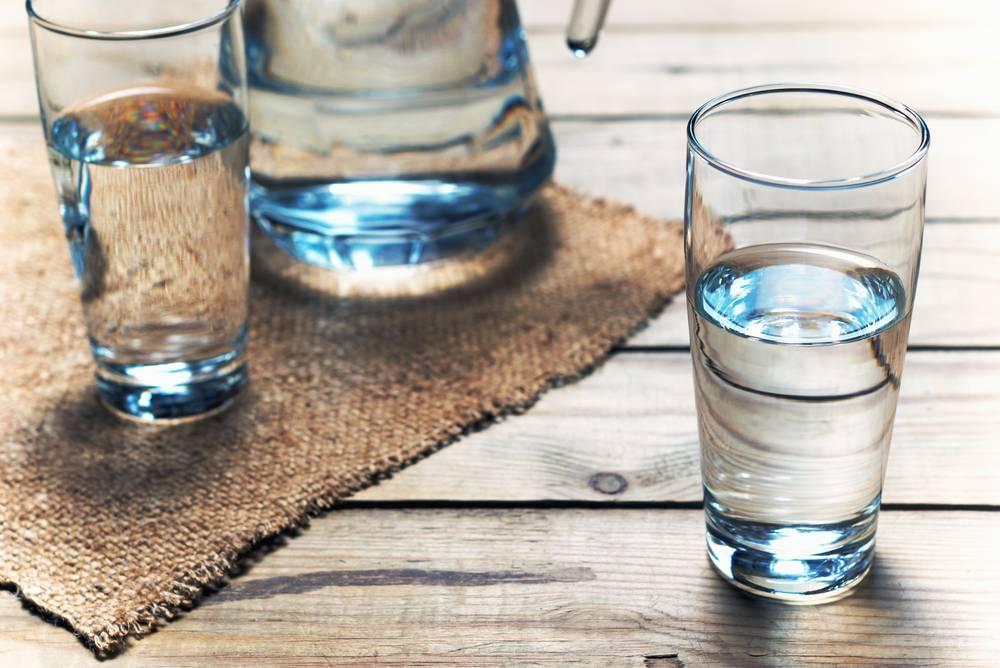 Сколько человек может выпить воды