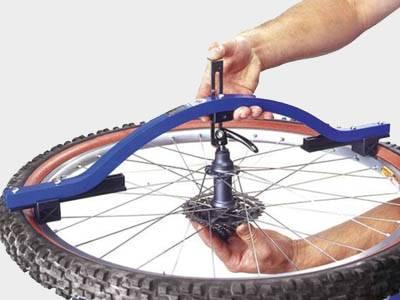 Заспицевать колесо велосипеда