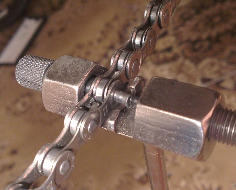 Как менять цепь на велосипеде