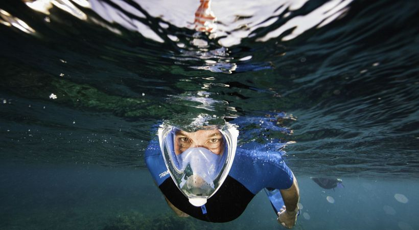 snorkeling-launching-face