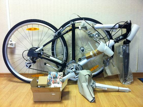 Велосипед в упаковке без коробки